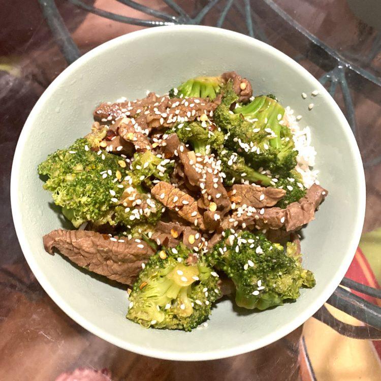 Broccoli Beef With Sesame Seeds